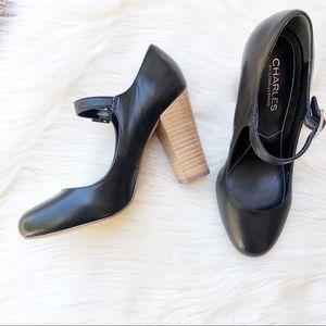 NWOT CHARLES Black Heel Shoes Size 7